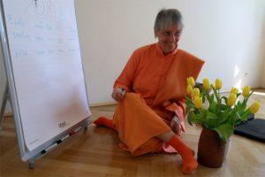 Yogalehrer Ausbildung - Swami Nityamuktananda Saraswati