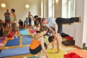 Neil-Barker-Yoga-Workshop3