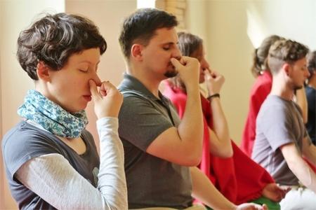 Pranayama Auffrischung im Yogastudio Pureyoga