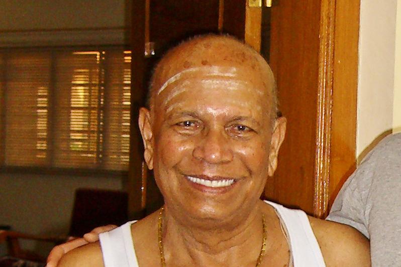 Traditioneller Hatha Yoga - Ashtanga (Vinyasa) Yoga