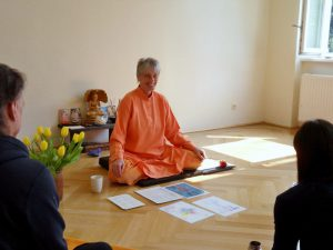 Yogalehrer-Ausbildung Asanas Swamiji