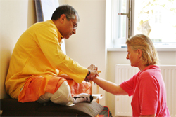 Pranayama Yoga Workshop mit Sudhir in der Kaivalyadhama Tradition
