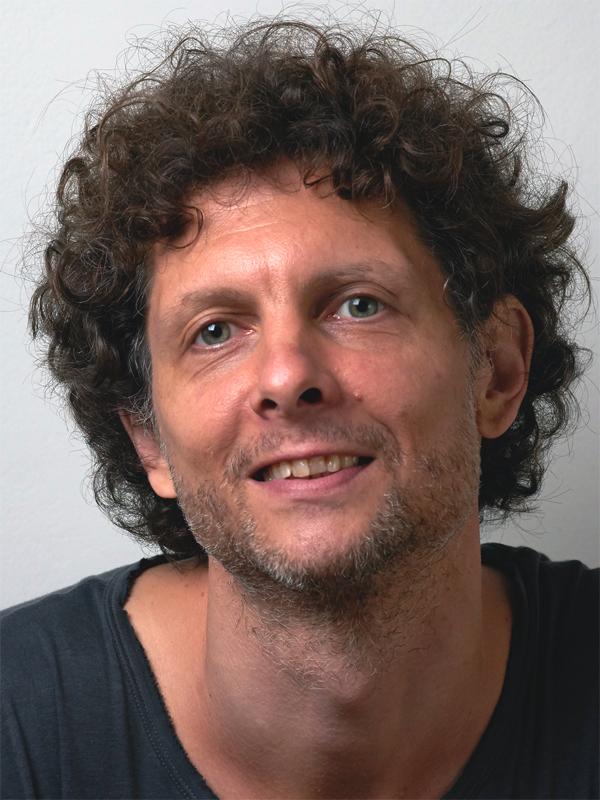 Yogalehrer Hannes Pestl