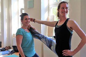 yogalehrer ausbildung in wien, Asanas adjusting