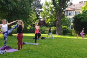 Outdoor Yoga Pureyoga